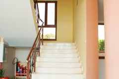 Стълбите към горните етажи